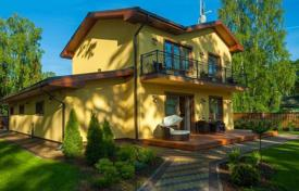 3 bedroom houses for sale in Latvia. Modern 2-storey separate house in a 10-minute walk from the sea in Jurmala