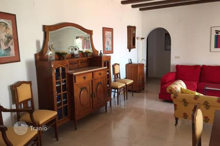 Property to rent in Javea (Xabia). Comfortable apartments, just 10 minute walk from the beach, Javea, Valencia