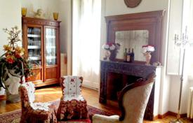 Property for sale in Lombardy. Boutique hotel with garden, spa and hamam in the center of Milan