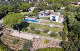 Residential to rent in Grimaud. Luxury contemporary property in the heart of the gated and unspoilt estate of Beauvallon. préservé de Beauvallon.