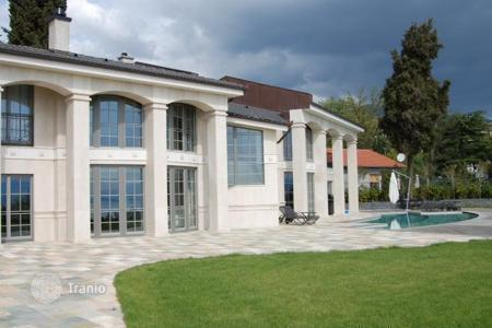 Luxury houses with pools for sale in Croatia. Respectable villa 150 meters from the sea, Istria, Croatia. Reduced price, urgent sale!