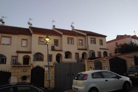 Bank repossessions property in Andalusia. Villa – Alhaurín, Andalusia, Spain