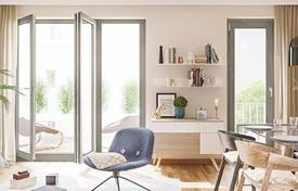 Residential for sale in Germany. Apartment with a balcony in a prestigious low-rise residence with a parking in a green city district, near U-Bahn, Lichtenberg, Berlin