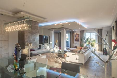 3 bedroom apartments for sale in Cagnes-sur-Mer. Exceptional penthouse in Cagnes sur mer