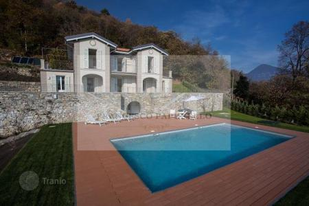 3 bedroom houses for sale in Piedmont. Villa - Verbania, Piedmont, Italy