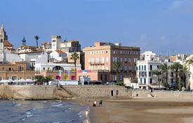 Property for sale in Spain. Touristic apartments in Sitges