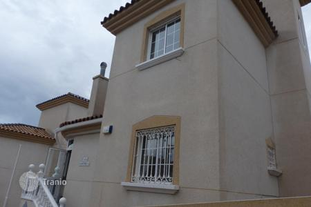 Cheap townhouses for sale in Costa Blanca. Terraced house - Orihuela, Valencia, Spain