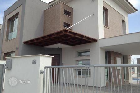 Houses for sale in Moni. Three Bedroom House