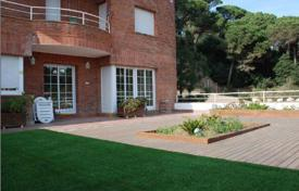 Property for sale in Costa del Maresme. Fantastic house in the center of San Andres de Llavaneres on the Costa de Barcelona