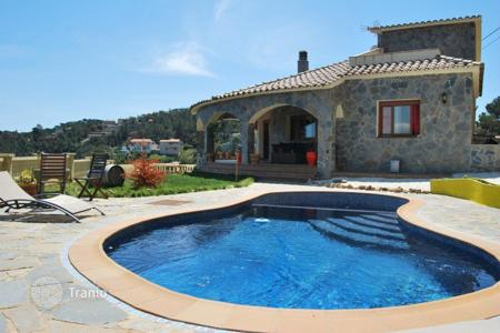 5 bedroom houses for sale in Costa Brava. Villa – Lloret de Mar, Catalonia, Spain