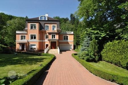 Luxury houses for sale in Praha 5. Mansion – Praha 5, Prague, Czech Republic