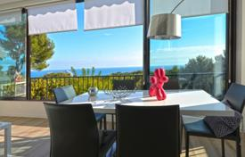 Residential for sale in Villeneuve-Loubet. Apartment – Villeneuve-Loubet, Côte d'Azur (French Riviera), France