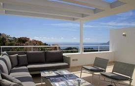 Townhouses for sale in Altea Hills. Modern-style townhouses featuring 3 bedrooms, 4 bathrooms and private pool in Altea