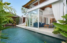 Houses for sale in Bali. New furnished villa with a private plot, a swimming pool and a parking, close to the beach, Canggu, Bali
