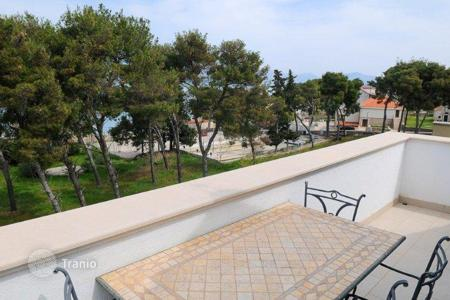 Apartments for sale in Split-Dalmatia County. Luxury apartment with sea view on island Brač