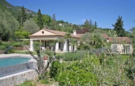 4 bedroom houses for sale in Tourrettes-sur-Loup. Villa – Tourrettes-sur-Loup, Côte d'Azur (French Riviera), France
