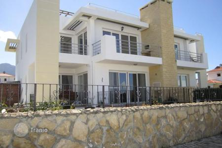 Cheap property for sale in Kyrenia. Apartment – Kyrenia, Cyprus