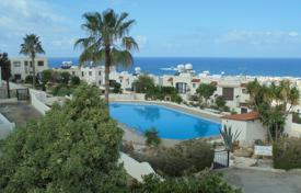 Apartments with pools by the sea for sale in Chloraka. 3 Bed Luxurious Penthouse with full seaviews in Melanos REDUCED