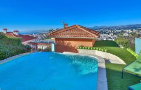 Lovely villa with swimming pool and panoramic sea and city view for 995,000 €