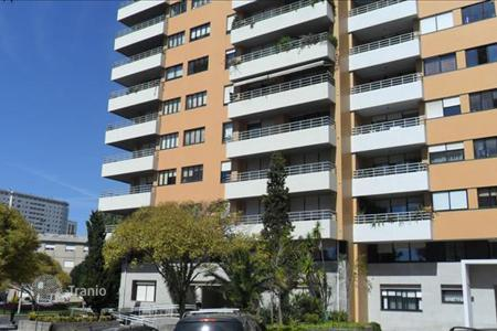 Residential for sale in Porto (city). Apartment near Lordelu do Ouro in Porto, Portugal