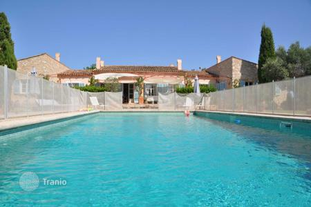 4 bedroom villas and houses by the sea to rent in Majorca (Mallorca). Detached house – Majorca (Mallorca), Balearic Islands, Spain