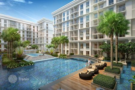 Cheap residential for sale in Southeast Asia. Apartment in a residential complex with a pool and a fitness center, in the southern part of Pattaya