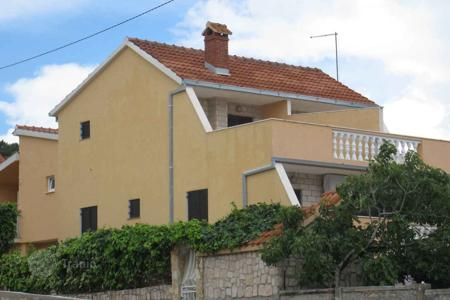 Coastal residential for sale in Trogir. House 30 m from the sea