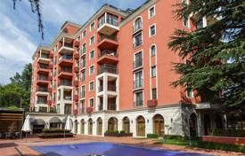 Apartments with pools for sale in Bulgaria. Apartment – Saints Constantine and Helena, Varna Province, Bulgaria