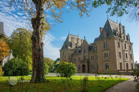 Property for sale in Pays de la Loire. Agricultural – Mayenne, Pays de la Loire, France