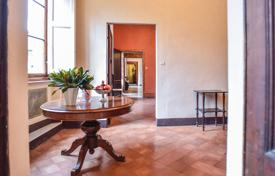 4 bedroom apartments for sale in Italy. Apartment – Siena, Tuscany, Italy