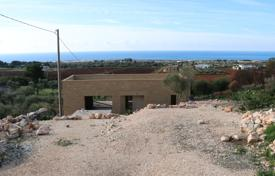 Property for sale in Apulia. Small Villa rustic 80 m² covered, sea view with typical Salentine garden
