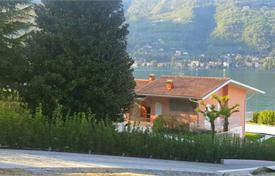 Luxury houses for sale in Salò. Lakefront villa with a park and a swimming pool, in Salo, Brescia, Italy