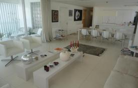 3 bedroom apartments by the sea for sale in Nicosia. Three Bedroom Duplex Top Floor Apartment in Lykavitos