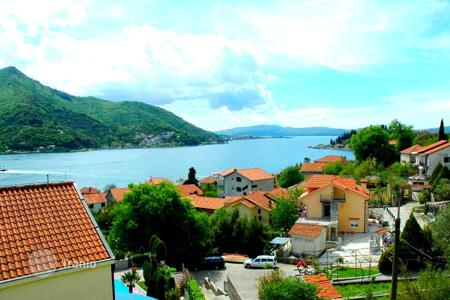 Apartments with pools for sale in Herceg-Novi. Apartment – Kamenari, Herceg-Novi, Montenegro