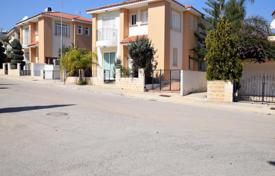 5 bedroom houses for sale in Famagusta. Five Bedroom Detached Beach Front Villa in Protaras