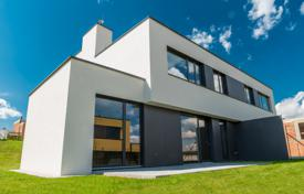 5 bedroom houses from developers for sale overseas. Detached house – Praha 5, Prague, Czech Republic