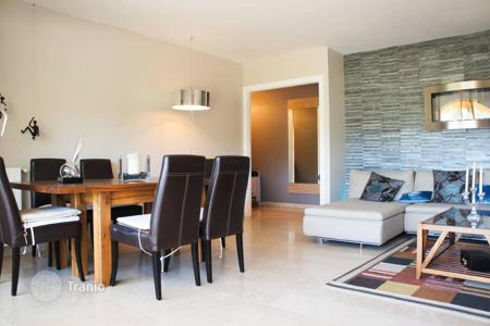 Apartments for sale in Le Cannet. Cannet, 2 bedtoom apartment in a nice residence with a pool