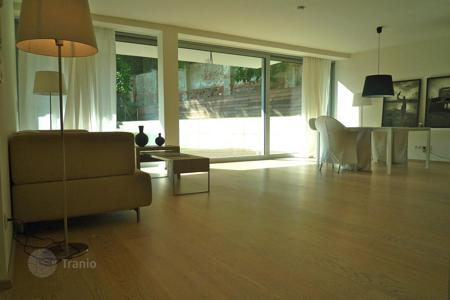 2 bedroom apartments for sale in Vienna. Two-level apartment with terrace and private garden in Döbling, Nussdorf, Vienna