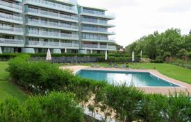 Apartments with pools for sale in Cascais. Apartment – Cascais, Lisbon, Portugal