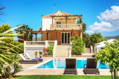5 bedroom villas and houses to rent in Crete. Villa – Sisi, Crete, Greece