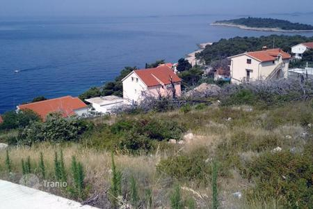 Coastal land for sale in Sibenik-Knin. land Primosten