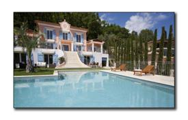 Luxury 6 bedroom houses for sale in Grasse. Spacious villa with a garden, a swimming pool, a gym and a sauna, Grasse, France