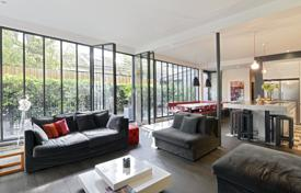 5 bedroom apartments for sale in Ile-de-France. Apartment – Paris, Ile-de-France, France