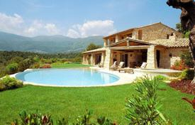 Houses for sale in La Colle-sur-Loup. Close to Saint-Paul de Vence — Stone built property