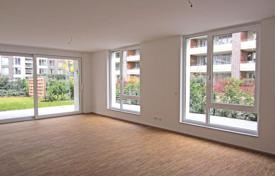 5 bedroom apartments for sale in Germany. Two-level apartment in Dusseldorf, Germany. Convenient layout, terrace, prestigious district