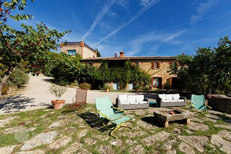 Villas and houses to rent in Umbria. Villa Nina
