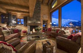Villas and houses for rent with swimming pools in Central Europe. Spacious 4-storey chalet with swimming pool, sauna, jacuzzi, parking and other amenities. Verbier, Switzerland.