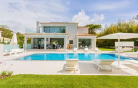 Modern villa with a large swimming pool and a garden, Quinta do Lago, Portugal for 5,647,000 $