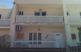 Cheap houses for sale in Southern Europe. Two Bedroom Maisonette with Sea View
