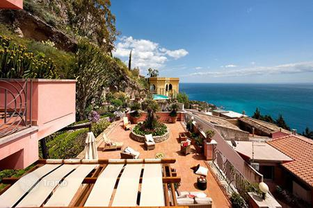 Residential to rent in Taormina. Casa Scimone
